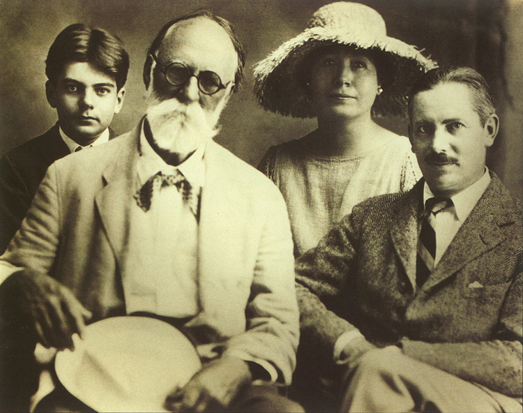 Clay Bartlett, Hugh Taylor Birch, Helen and Frederic Bartlett - Circa 1924